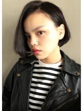 【nanuk】モードなファッションに◇黒髪前下がりボブワンカール モード系.46