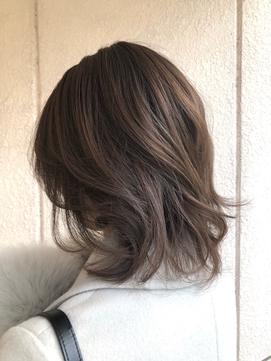 髪質改善専門サロンの縮毛矯正で圧巻の艶髪ストレート♪