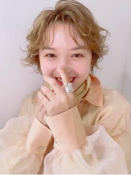 【HONEY表参道】ツヤ +透けヘルシーセミウェットショート(shiho)