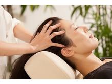 CHAIRのヘッドスパは頭皮のストレッチを中心に行います。