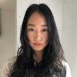 黒髪で作る秋冬ヘアカラー♡透明感とツヤ感にニュアンスカラーをプラスして