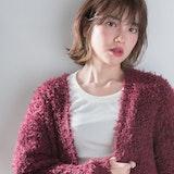 韓国オルチャン風!「外ハネ」ミディアムでカジュアル&大人っぽい印象に♡
