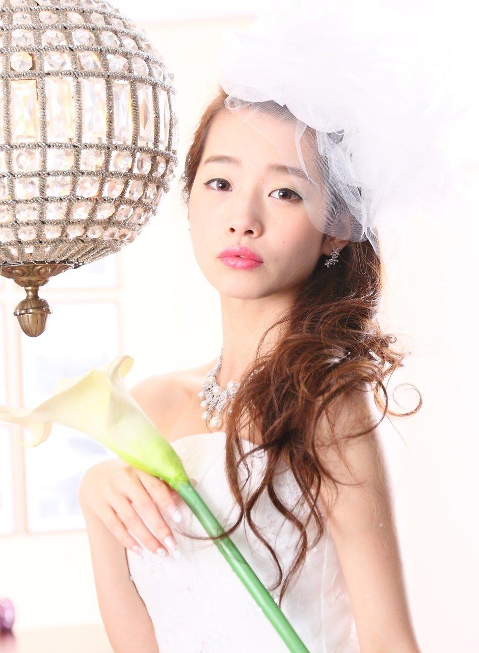 結婚式のヘアメイク大特集!【ドレス・着物別】花嫁さんと参列者のためのヘアセット30選