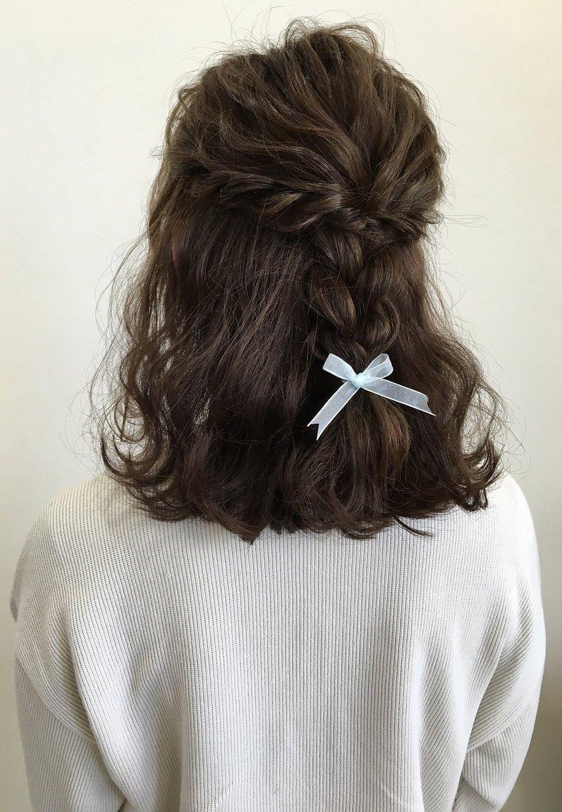 【三つ編み × ハーフアップ】でモテ女子に変身!愛されヘアアレンジのやり方