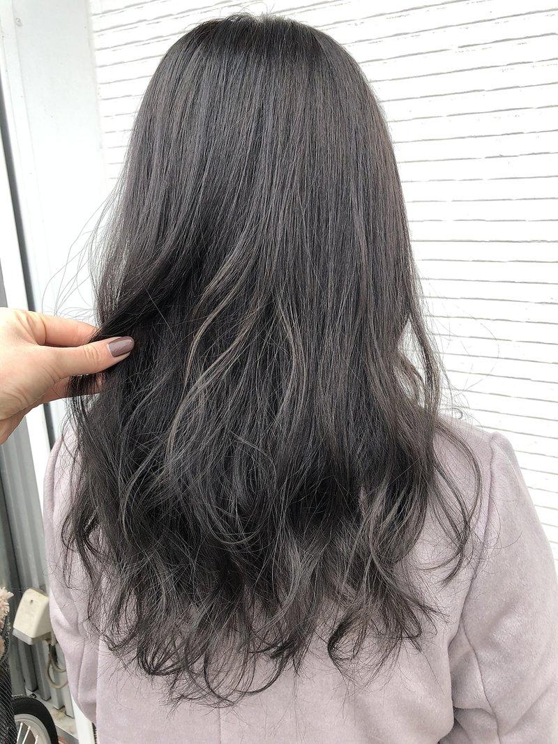 私に似合うグレーアッシュ!明るさ・髪の長さ別に似合わせ方を徹底研究◎