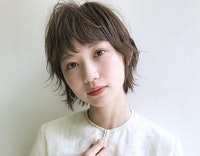 【ショート × ウルフ】マニッシュなのに色っぽさがにじむ♡今どきこなれヘアを特集