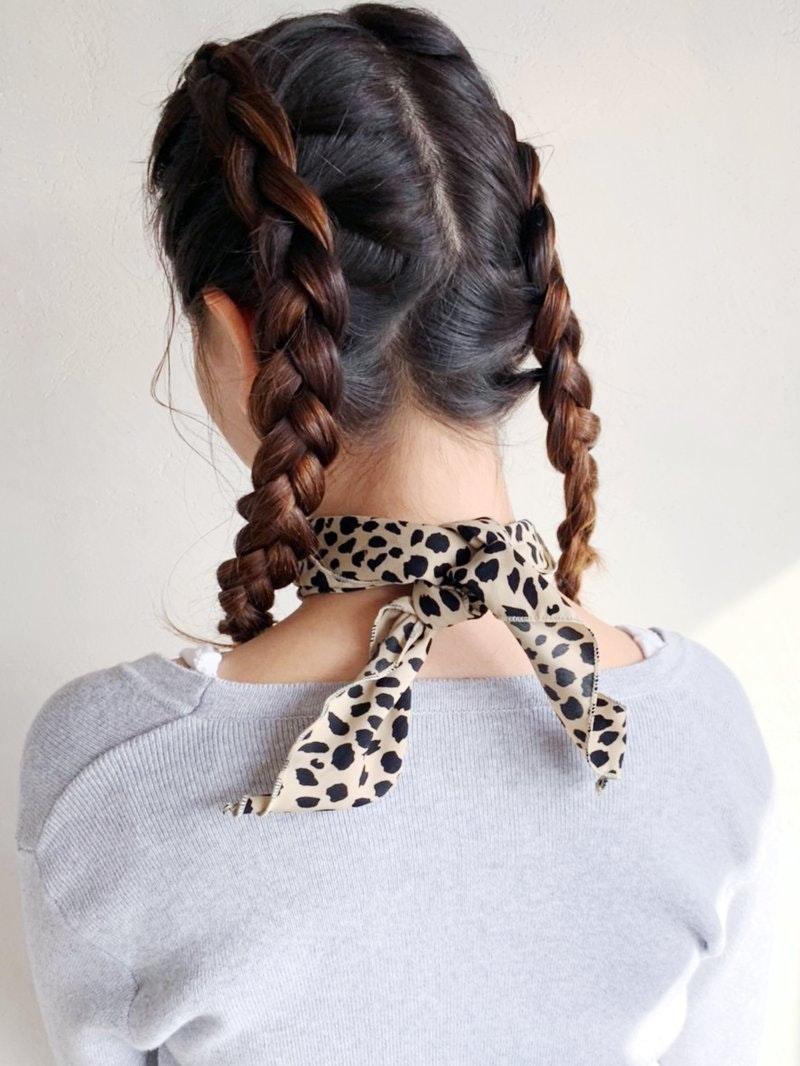 簡単にできる!編み込みスタイル特集 前髪、サイド、バリエーション豊富なアレンジを紹介のサムネイル画像