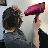 市販のドライヤーをプロが検証!「髪のお悩み別」おすすめは?痛まない乾かし方も