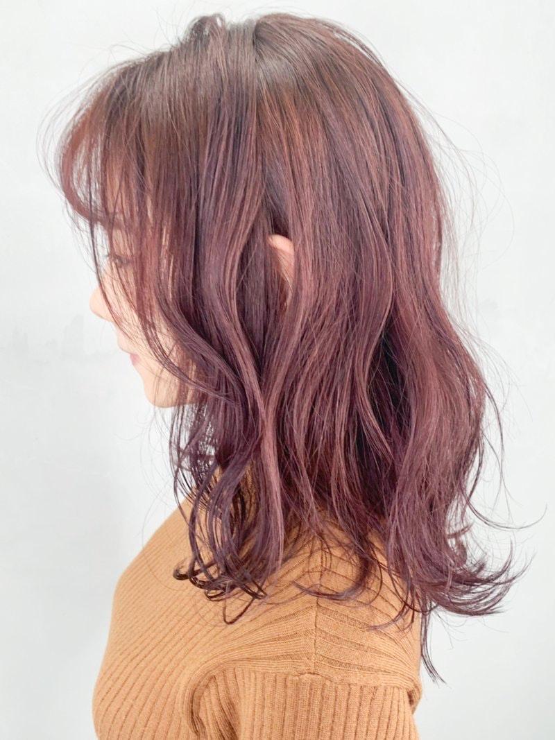 ピンク ベージュ 髪 色