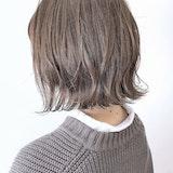 【地毛卒業!】初めてのヘアカラーどうする?美容院での頼み方と注意点