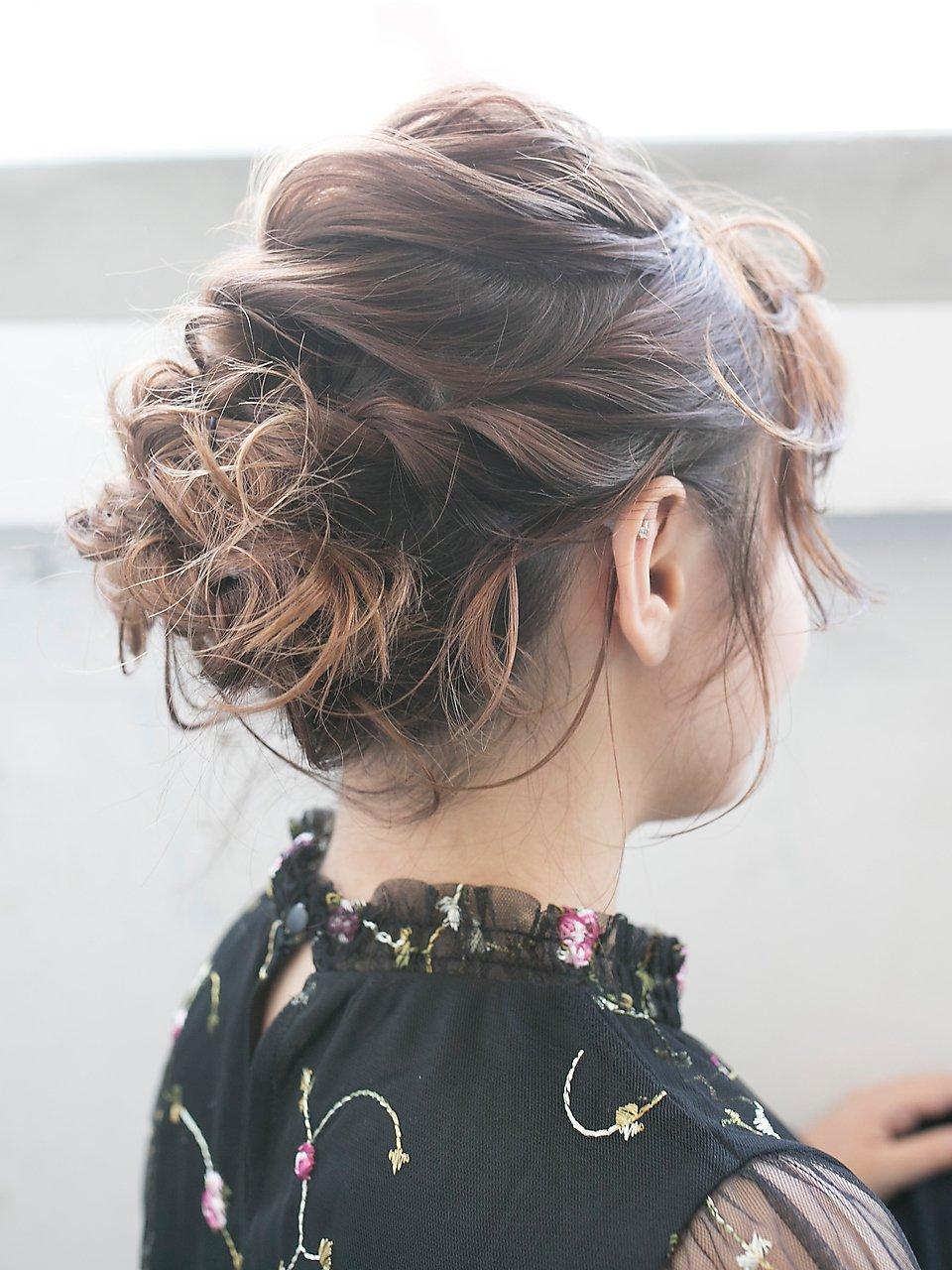 【SUN】結婚式&二次会◎華やかまとめ髪☆