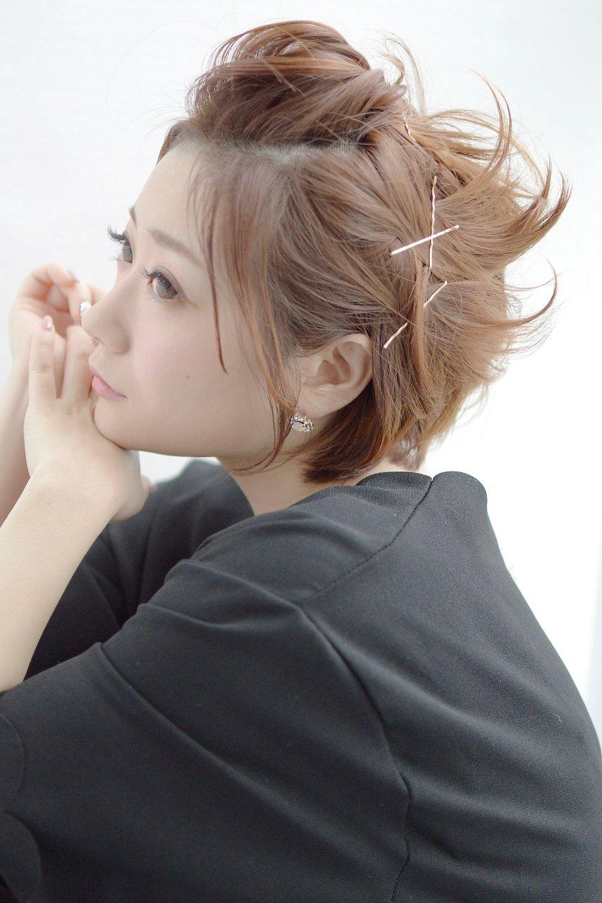 ショートボブ×ポンパドールアレンジ【vicca萩原】