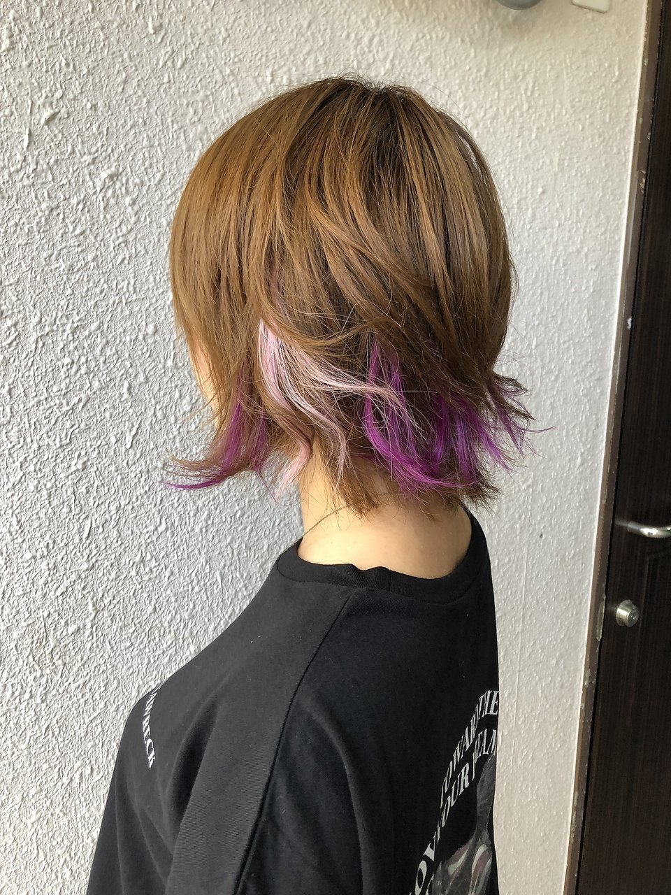ショートヘアへのポイントメッシュエクステ 【シールエクステ】