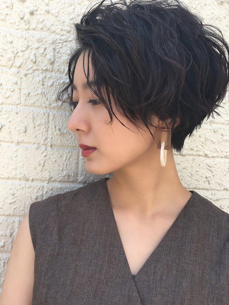 黒髪ショート 無造作ウェーブ 女っぽヘアmorio成増3号店