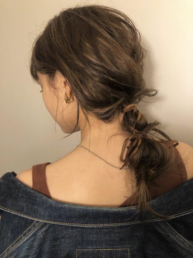【NERO】原 *裾で紐でまとめたダウンポニーテール*