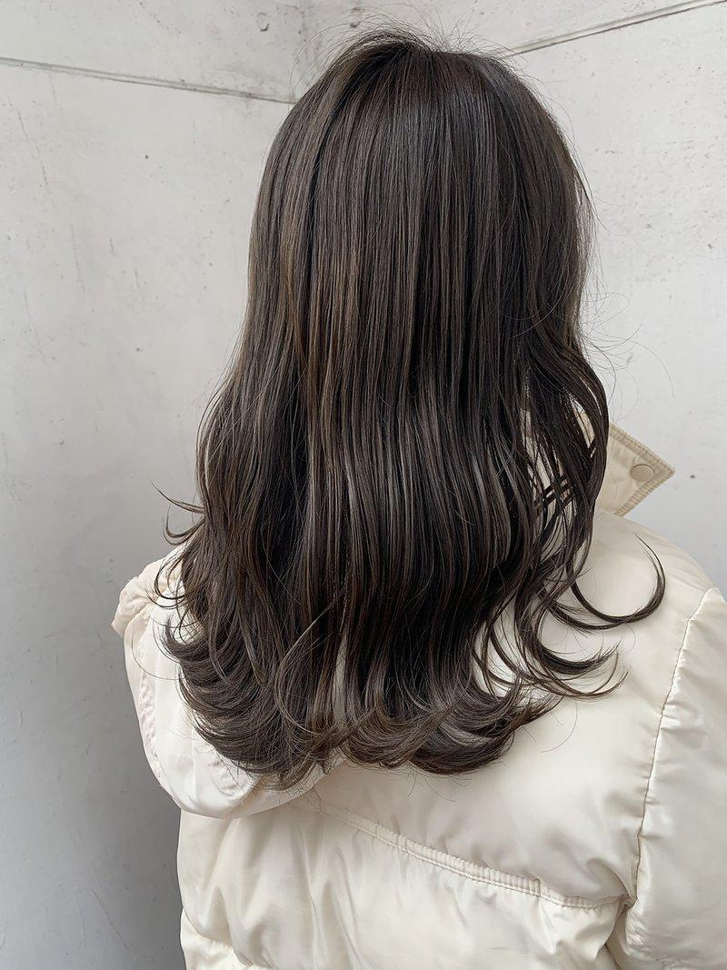 ウェーブロング/暗髪ラベンダーアッシュグレージュ 石原