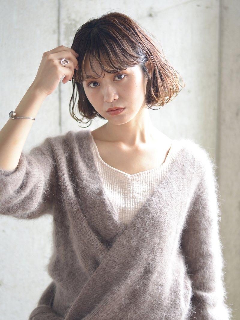 【ワンレンボブ 抜け感 透明感】シアーベージュ 前髪ハイライト