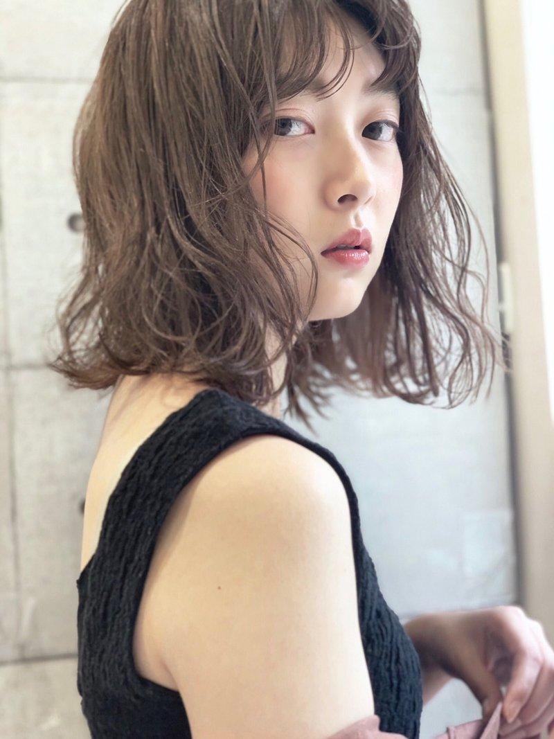 《uri /二子玉川》20代女子大人気☆くせ毛風ミディアム×パーマ