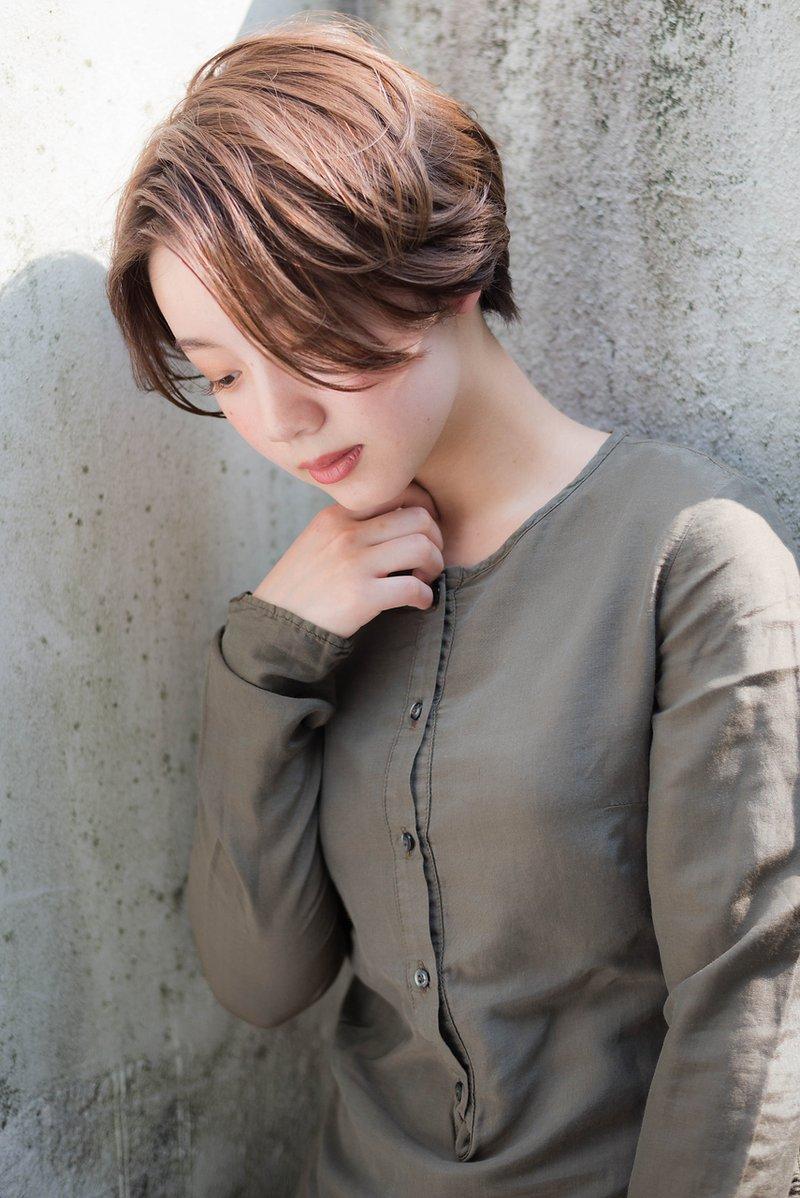 【abiquiu】大人かわいいワンレン前下がりショート(淀川純)