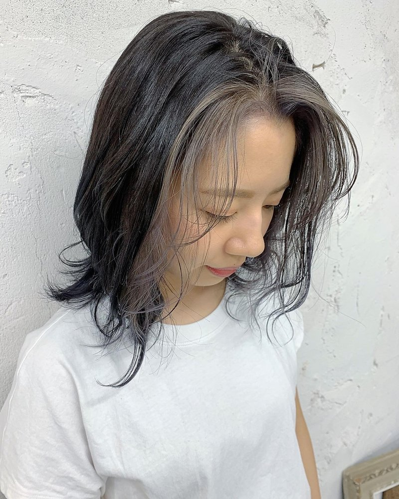 ブリーチ 前髪 おしゃれ度がグッと上がる。流行りの《前髪×インナーカラー》で垢抜けヘアに