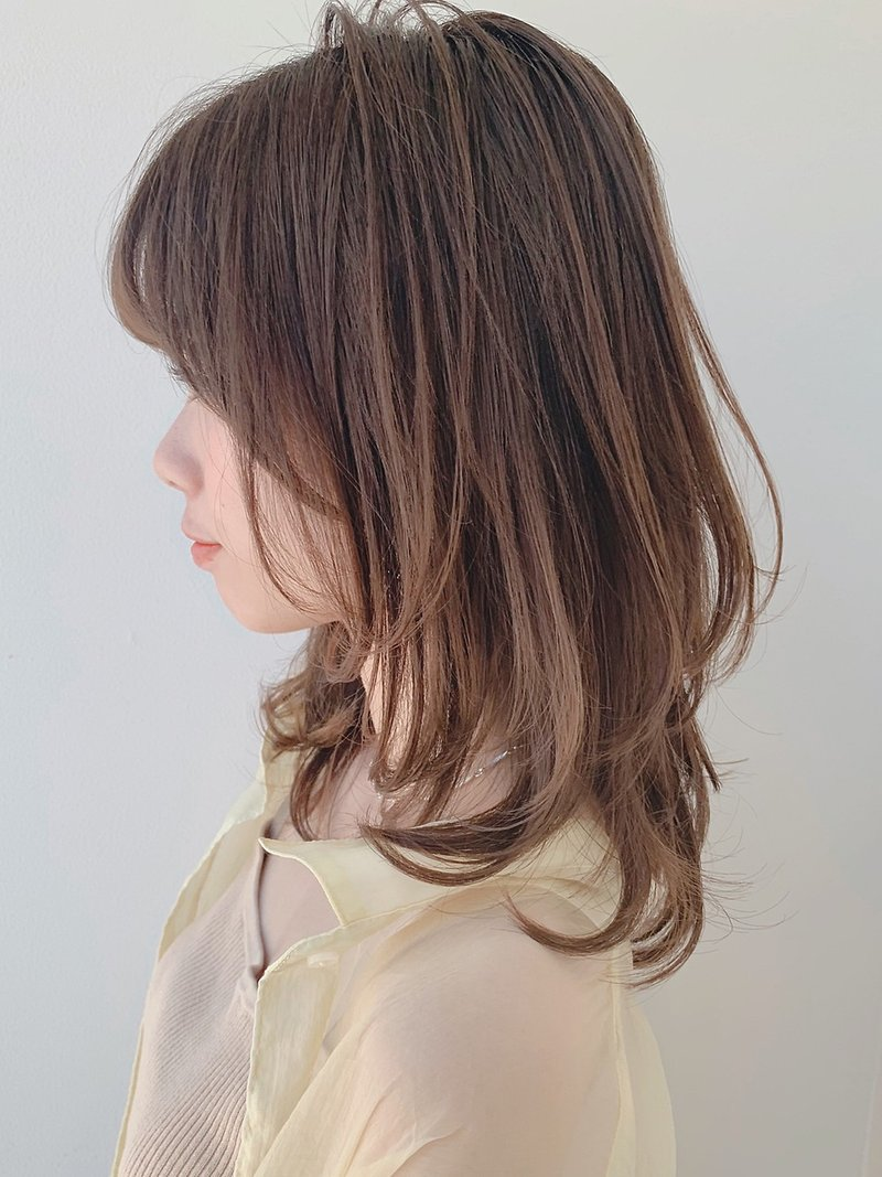 大人可愛い/耳掛け/お手入れ簡単/髪質改善/ミディアムブルージュ