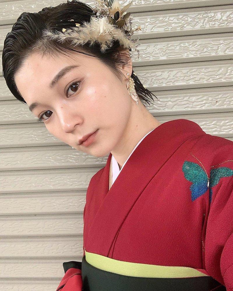卒業式袴ショートリーゼント