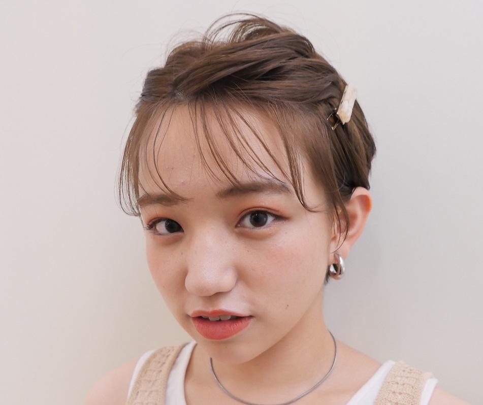 簡単前髪アレンジテクニック!【伸ばしかけやレングス・顔型別】おしゃバングにする方法って?