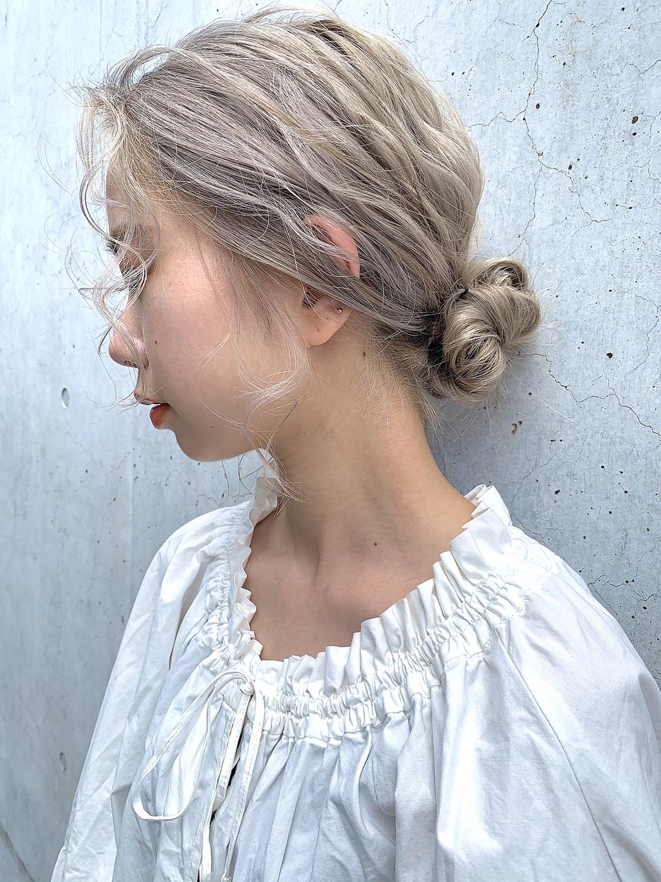 LAPENSEE beige 小島/ホワイティベージュ/シニヨンアレンジ