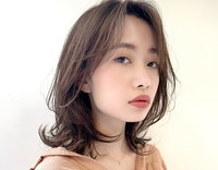 【2021年春】顔型別ひし形ミディアム|可愛く小顔見せするならこのスタイル♡